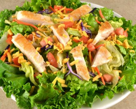 photo of menu item 'Gluten Free Grilled Chicken Breast Salad'