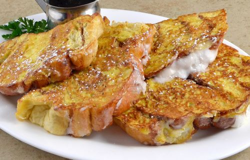 photo of menu item 'Cinnamon Roll French Toast'